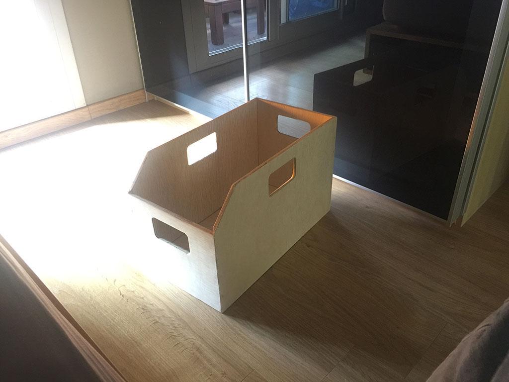 fabriquer une caisse de rangement pour une armoire pax ikea diybois. Black Bedroom Furniture Sets. Home Design Ideas