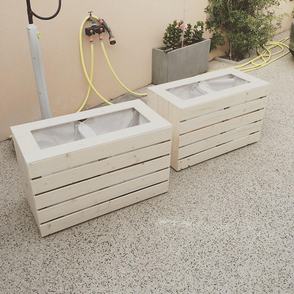 Fabriquer une jardini re en bois diybois - Fabriquer jardiniere bois ...